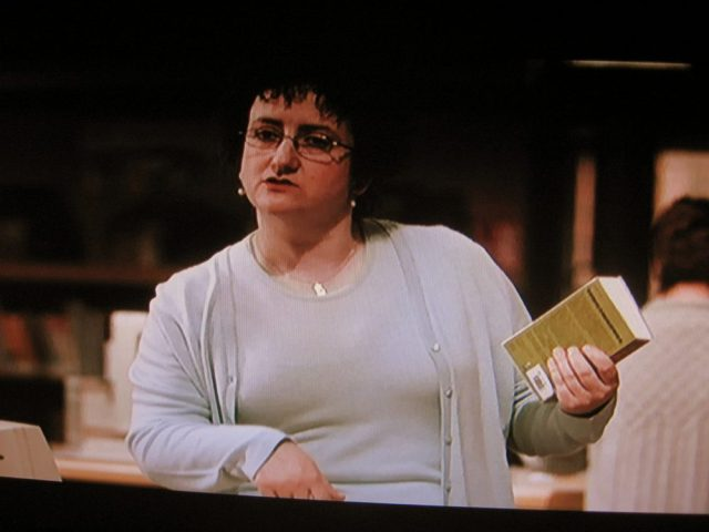 Librarian look in Dear Frankie