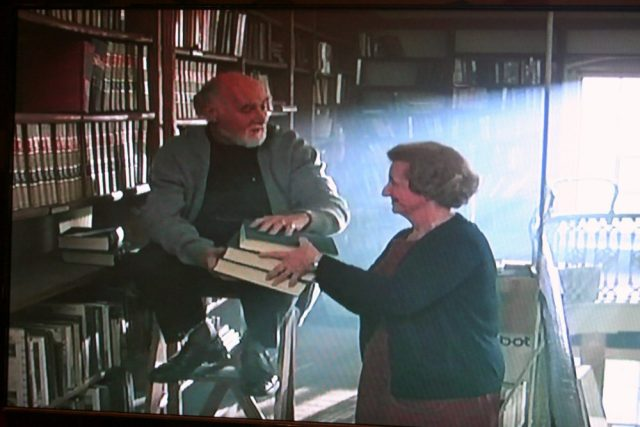 Library ladder scene in Criminal Law (1988)