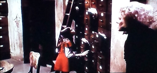 Reel Librarians | Screenshot from 'From the Mixed-Up Files of Mrs. Basil E. Frankweiler' (1973)
